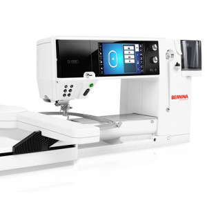 computerised-sewing-machine-bernina-880e-square